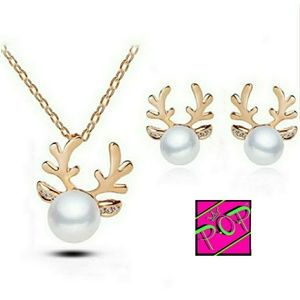 Jewelry - Reindeer necklace and earrings set